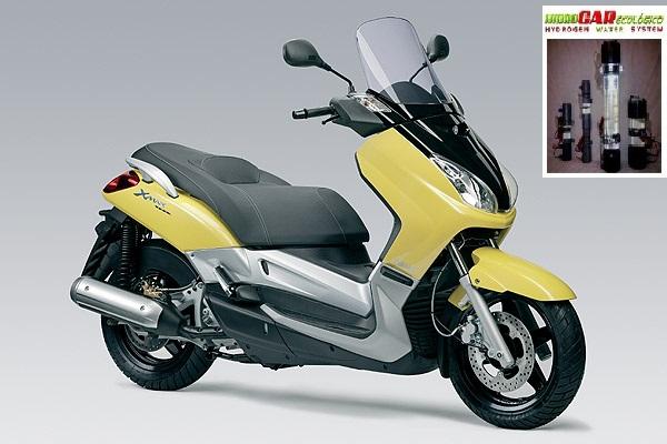 HIDROCAR ECOLOGICO en moto Yamaha X-MAX